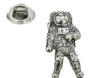 Astronaut Space man Pewter Lapel Pin Badge   in gift box ,