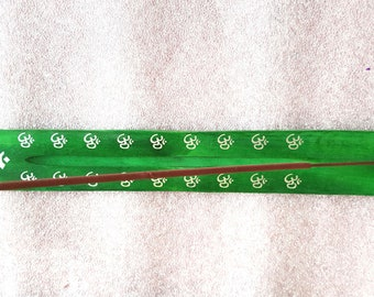om sign screenprinted green long insence holder ideal for sticks or cones  plus 10  mixed sticks for free