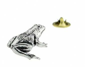 english pewter 3d frog , toad Design pin badge, lapel badge in gift box