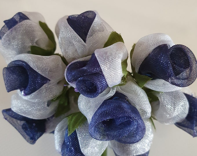 12 blue and white  flowers ideal for crafts,and decoration