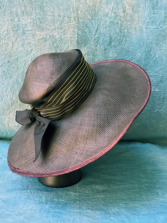 Rare 1950s Elegant Sun Straw Hat