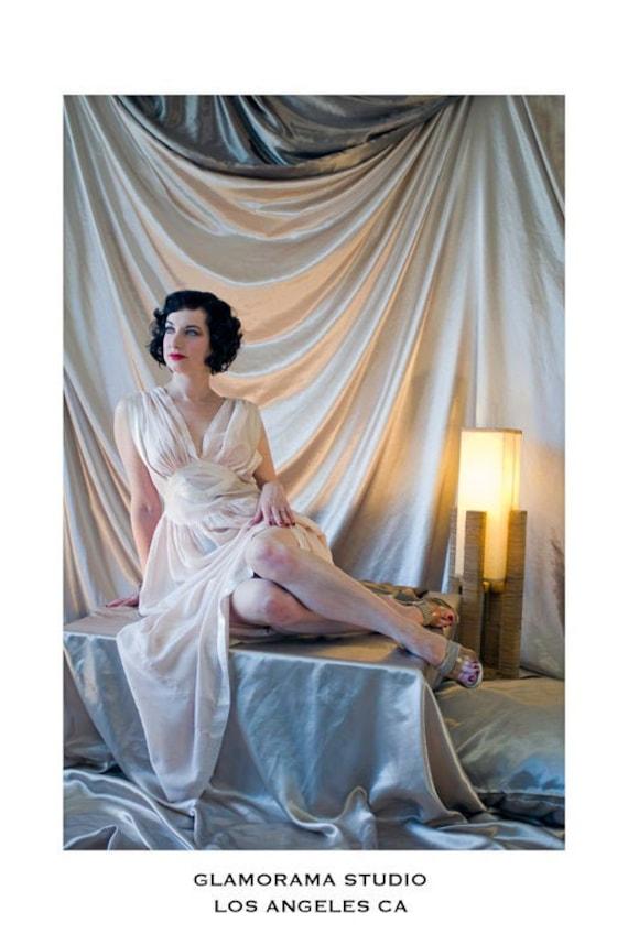 1940s Vintage Lingerie Robe Heavenly Silk Lingerie