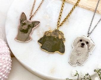 pet sympathy gift, pet parent gift custom dog necklace Pet Memorial jewelry Custom cat portrait Pet Portrait Necklace