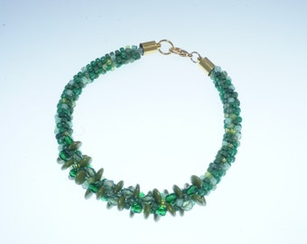 green beaded bracelet, beaded kumihimo, green with gold clasp