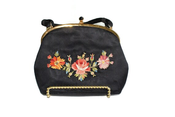 Koret Silk Tambour Stiching Purse Bag