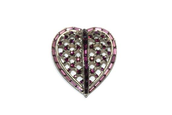 Trifari Heart Purple Rhinestone Pin Brooch 1950's