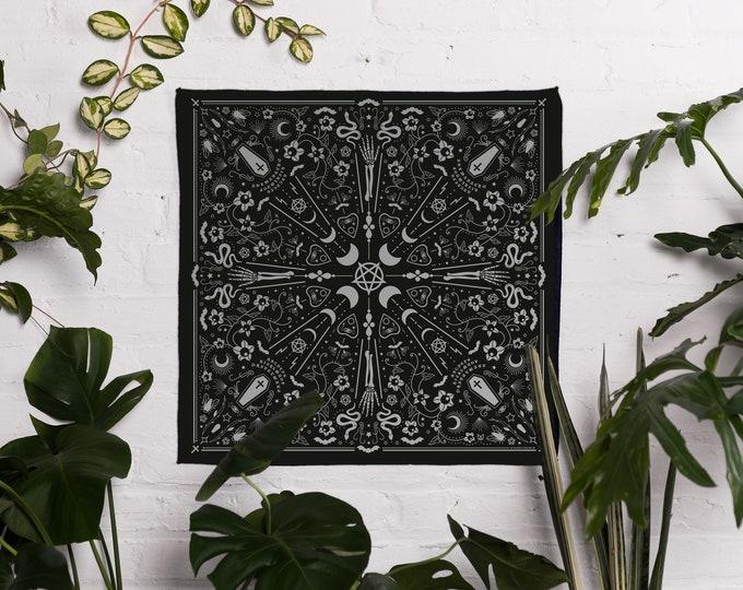 HALLOWEEN   Bandana - Plant Goth