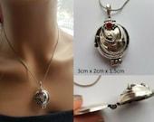 Vampire Diaries Elena Gilbert Antique Silver Locket Pendant Necklace Vampire Replica Necklace Antique Silver Locket Pendant