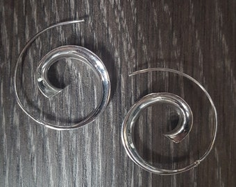 Sterling Silver Polished Through Ear Hoop Earrings