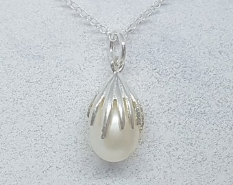 Freshwater Pearl & Sterling Silver Drop Necklace
