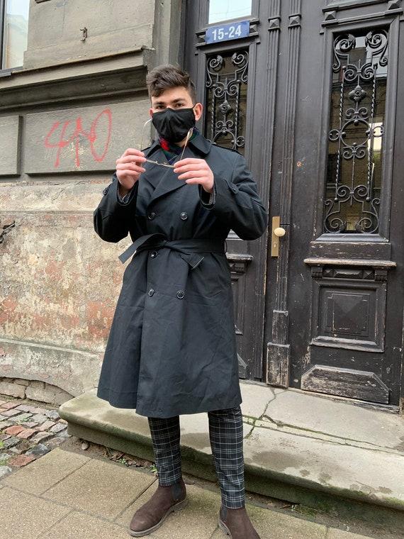 Vintage Trench Coat with lining! Rain coat, Black