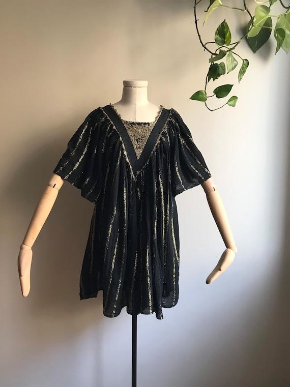 Gold Striped Gauze Mini Dress / Black Glamorous Gr