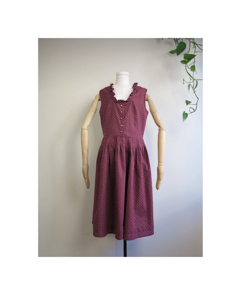 Burgundy Austrian Trachten Dirndl Traditional Folk Floral Patterned Ruffled Vintage Dress Size ML