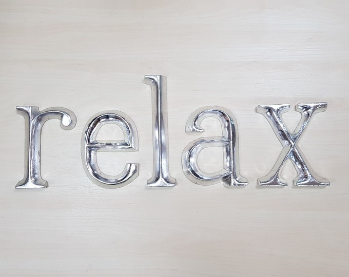 relax - 5 x 23cm Silver Gilded Wooden Letters / Symbols