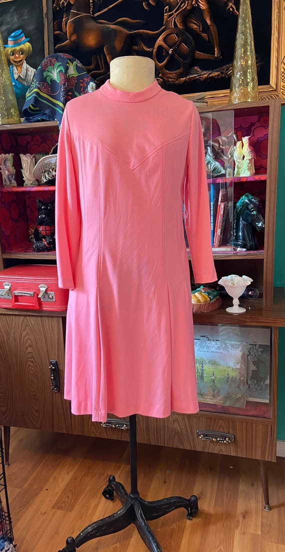 60s Mod GoGo Dress Curvy Bubblegum pink
