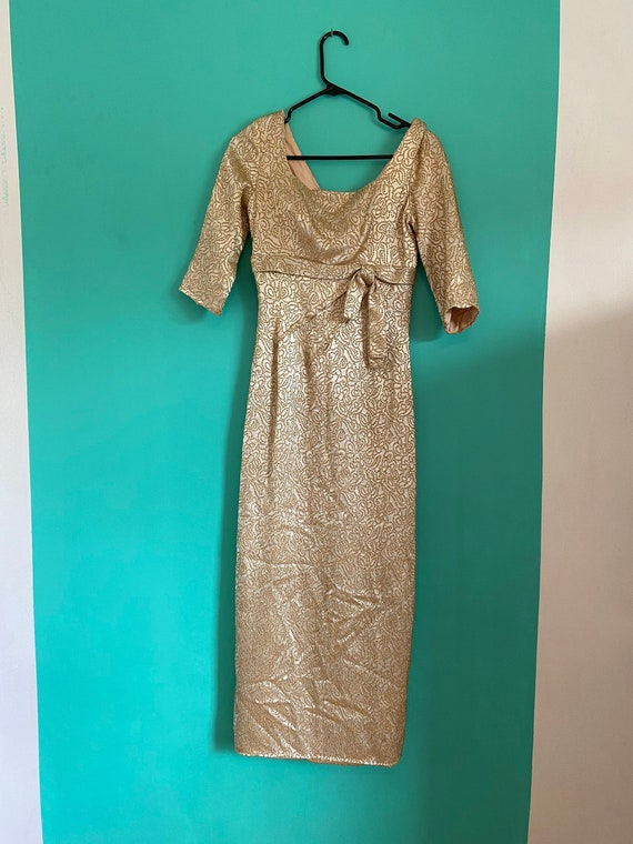 50s/60s wiggle evening dress gold