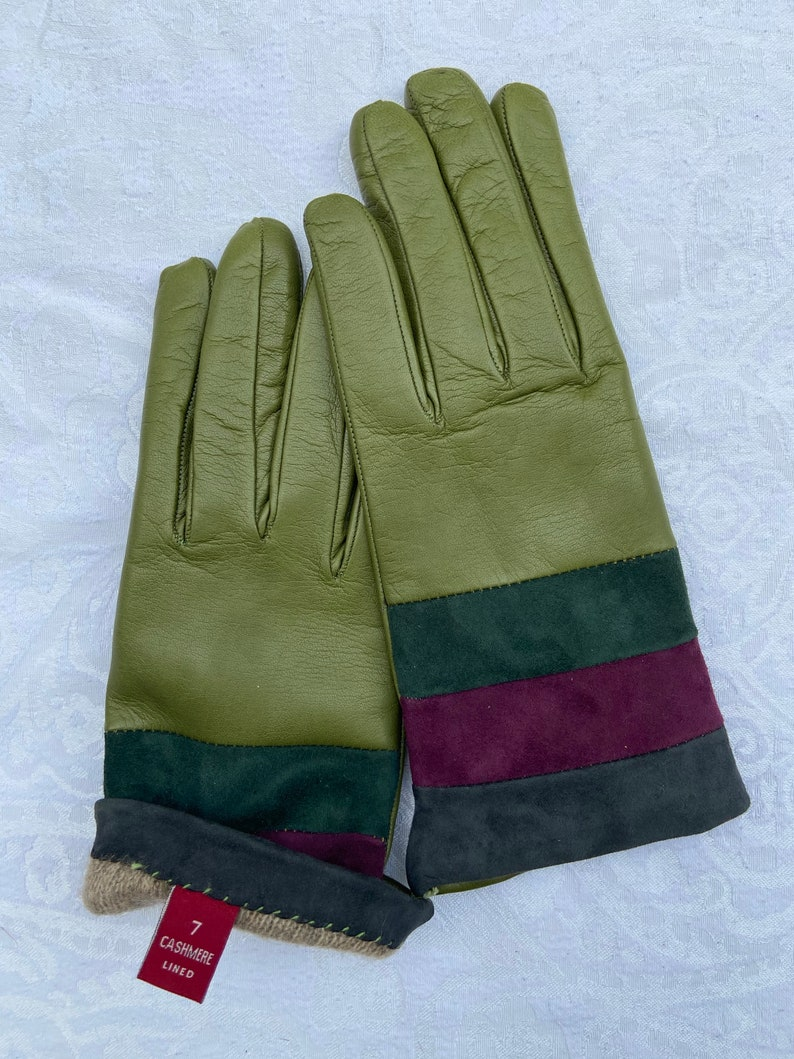 Leather gloves,Woman Leather gloves,Green Gloves,Cashmere Lining Gloves Warm gloves Winter Woman Gloves Christmas present