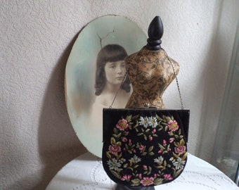 Lovely vintage purse from the early twentieth century, fabric purse with flower decorations, shabby, boudoir,