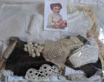 Surprise bag filled with old lace, various old elements, etc. to discover N 1