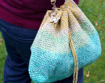 Bucket bag in the gradient green/yellow, crocheted