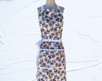 Floral Apron with Front Pockets