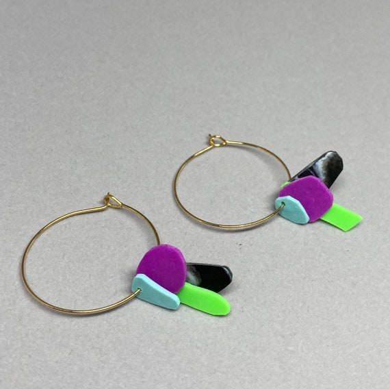 Hoop earrings with turquoise, purple, neon green and black marble flakes