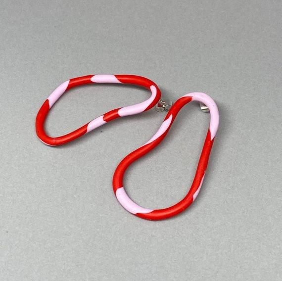 Red & pink asymmetric weavy earrings