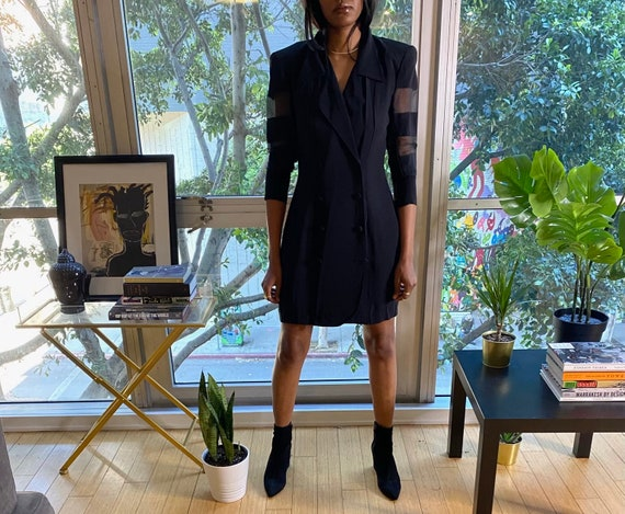 Vintage Classic Sheer Accented Black Long Jacket D