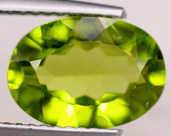 Stunning Lemon Green Peridot Natural Faceted Peridot Trilliant Cut Shape Peridot Loose Gemstone Jewelry Making 10.5x6.3 MM 4.40 Cts