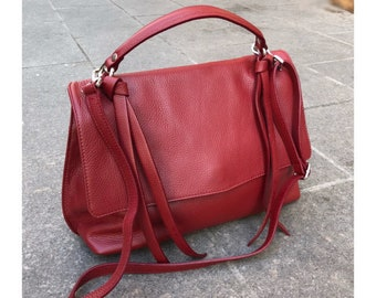 red woman leather tote bag