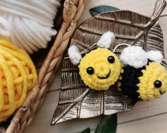 Chubby Bumble Bee Keychain, Huge Honey Bee, Kawaii Bumblebee, Squishy Amigurumi Animal, Charm, Soft Yarn Plushie, Spring, Summer