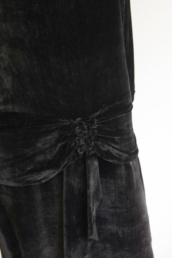 1920s Black Silk Velvet Dress and Jacket - image 5