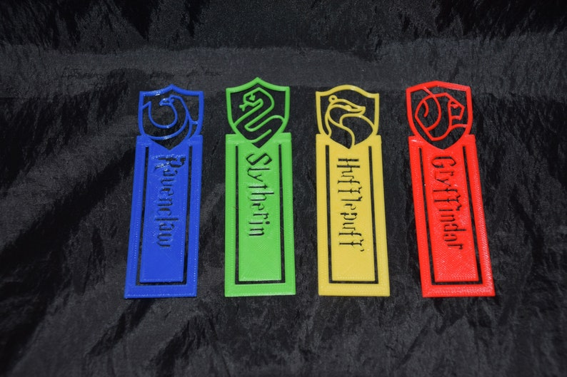 Harry Potter inspired Gryffindor Ravenclaw Hufflepuff Slytherin Bookmarks Bookmarkers Books