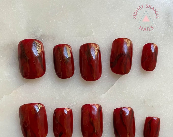 Capricorn Garnet | Stone Collection | Press on Nails | False Nails | Matte or Glossy