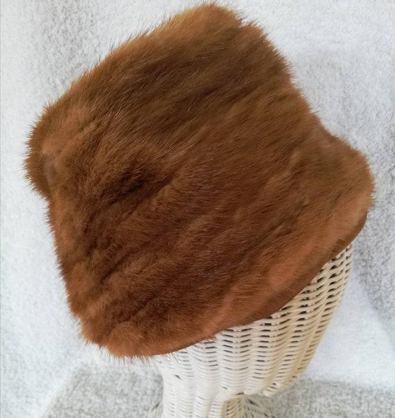 1960s Elsa Schiaparelli Mink Peachbasket Hat - image 1