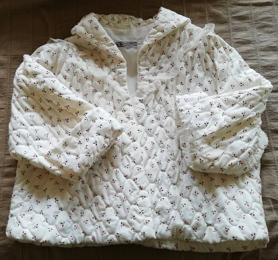 1960s Quilted Bed Jacket
