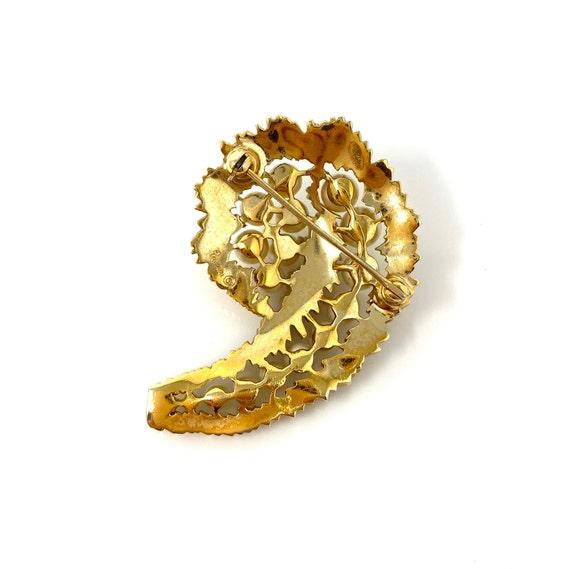 Vintage Trifari Gold Pearl & Rhinestone Brooch Pin - image 6