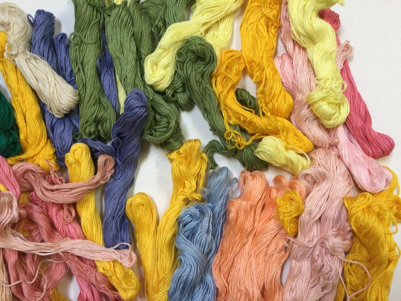 Multicolor Embroidery Cross Stitch Floss Big Lot of 50 Vintage  Embroidery Floss Skeins Cotton Cross Stitch Embroidery Floss
