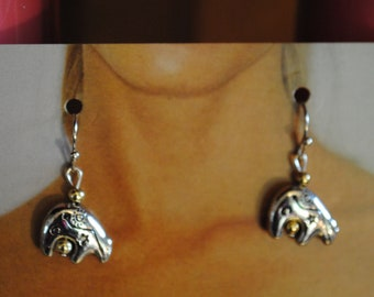 Silver Toned Art Deco Stylized Flower- White Fresh Water Pearl Accent Dangle Earrings on a French Hook Wire Feminine /& Empowering 2 Long