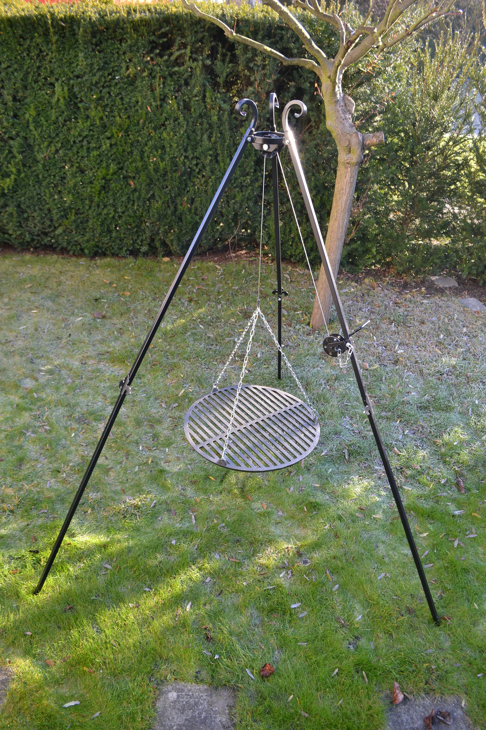 Campfire Cooking Tripod for Cast Iron grill grate