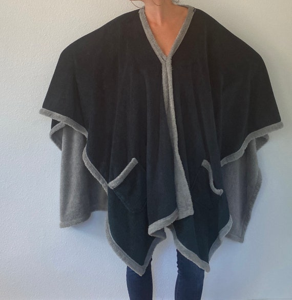 Poncho Robe Cape Housedress with Pockets
