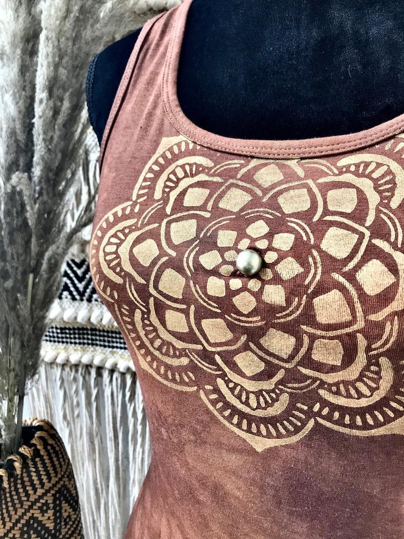 Top batik mandala