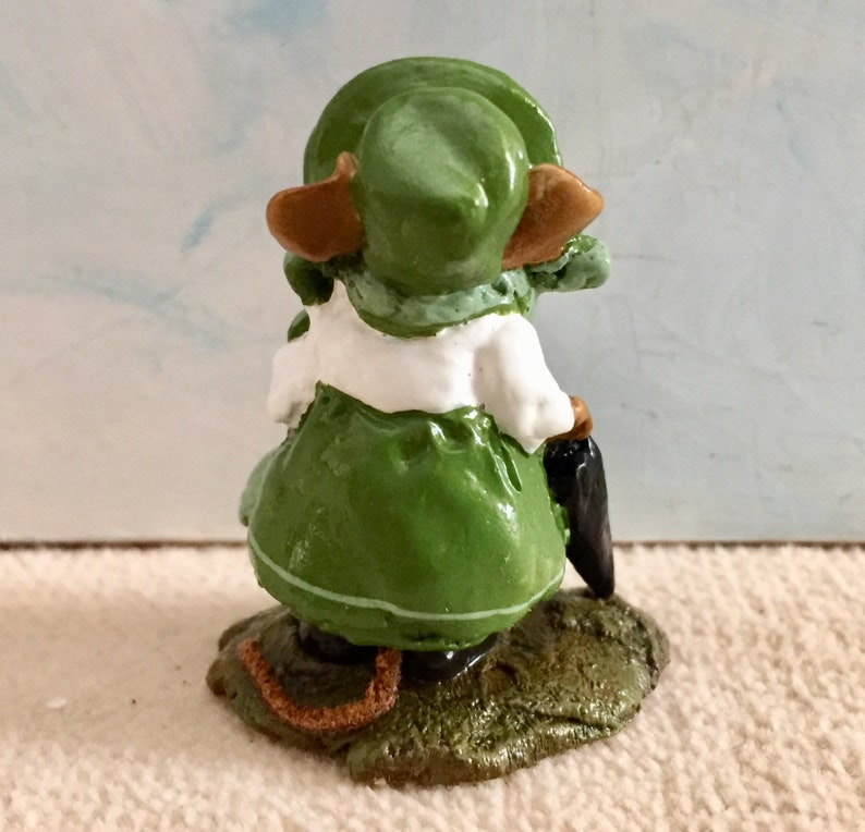 WFF box St Patrick\u2019s Day Edition M-195b shamrock on skirt Annette Petersen New Wee Forest Folk LADY MOUSEBATTEN never displayed