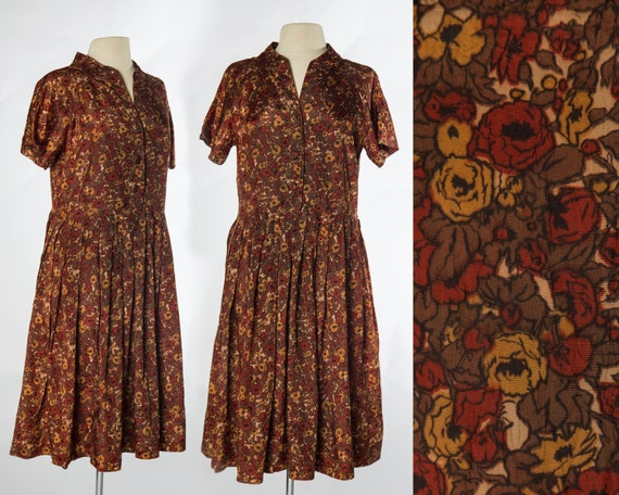 Lovely 1950s Red Brown Tone Floral Print Shirtdres