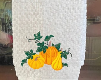 Fall Pumpkins Embroidered Kitchen Towel. Beautiful Autumn Decoration. 100% Cotton Towels