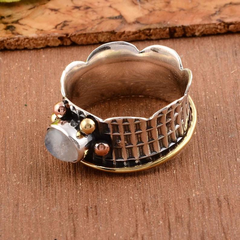 Moonstone ring,Gemstone ring,Vintage ring,Handmade ring,Statement ring,Silver ring,925 silver ring,Natural gemstone ring