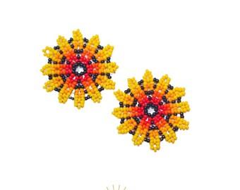 Merigold earrings / beaded earrings handmade / yellow merigold earrings / flower earrings / small earrings / handmade jewelry / colorful