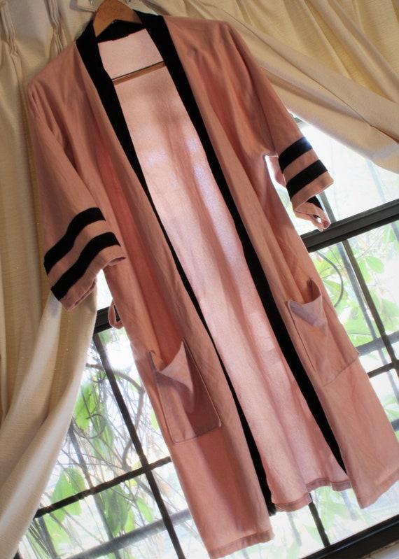 Vintage Dusty Pink Velvet Robe, 60s/70s Robe, Pink