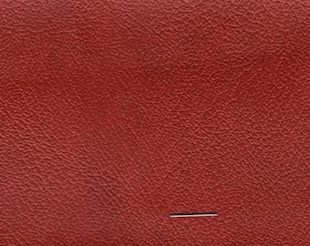 BTY Vintage Red Auto Vinyl w/Fine Grain