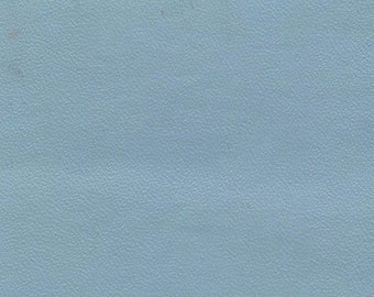 1 2/3+ Yards Light Blue Vintage Auto Vinyl w/ Very Fine Grain